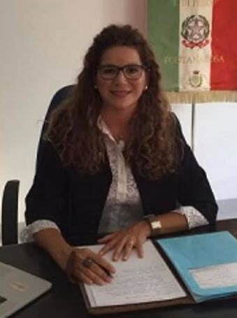 Teresa Staiano dirigente scolastica